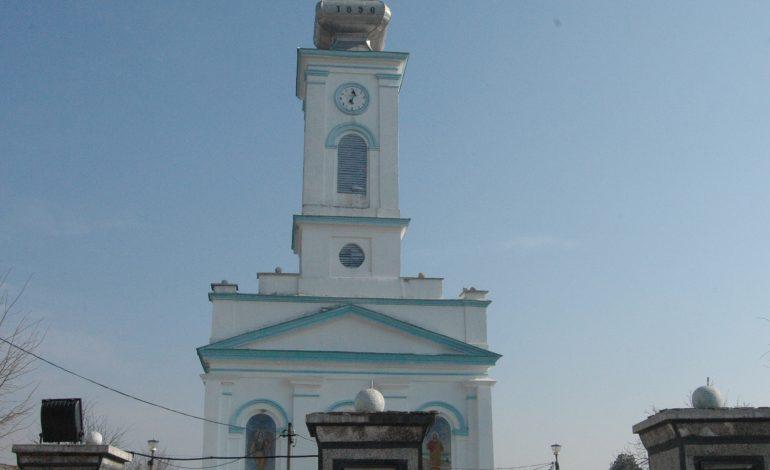 Clopote trase prin satelit la Biserica Sârbească din Moldova Veche