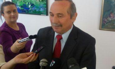 Ziaristul Petru Buzzi este cetăţean de onoare al Caraş-Severinului