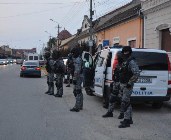 Șpagă extinsă în Caraș-Severin, un inspector SSM prins în flagrant
