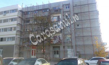 Primăria Moldova Nouă şantajată de către constructori!