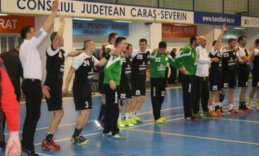 HC Adrian Petrea s-a calificat în play-off, după un meci dramatic cu CSM Ploieşti