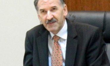 """Profesorii Sava Ianici şi Eugen Răduca, de la UEM Reşiţa, au fost scoşi din cursa pentru decanat prin """"acţiuni studenţeşti""""!"""
