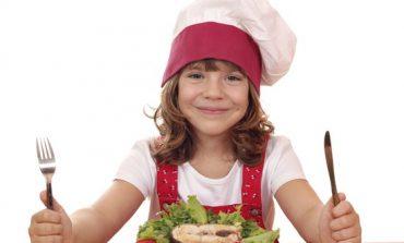 Studiu: copiii care mănâncă peşte dorm mai bine şi sunt mai inteligenți.