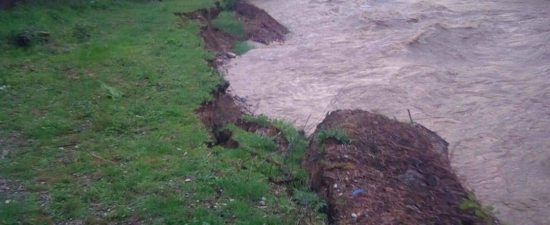 Malurile Sebeşului şi Boşneagului s-au rupt în urma fenomenelor hidrologice