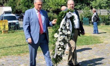 Marcel Vela presedintele liberalilor caraseni si Ion Chisalita au participat la comemorarea si slujba de pomenire a victimelor din Muntii Banatului