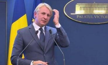 Panică printre pensionarii angajați la Primăria din Moldova Nouă, ce veste le dă ministrul Teodorovici