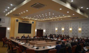 Consilierii județeni se întrunesc vineri în ședință ordinară