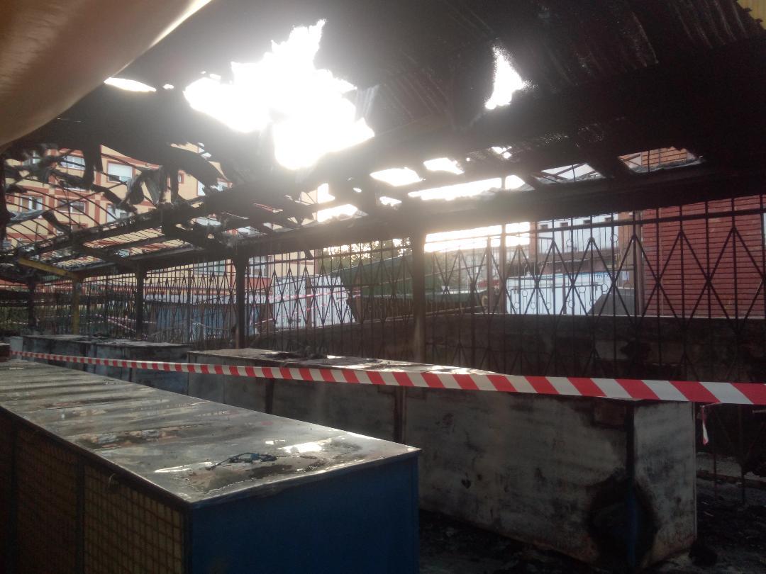 Incediu criminal a devastat Piata Reșița Nord