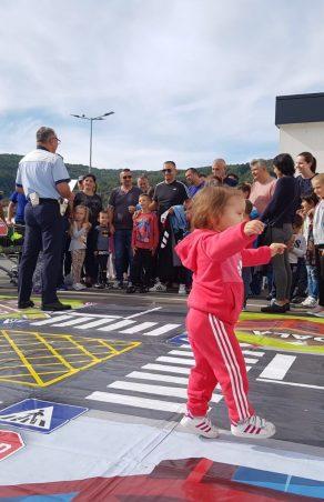 Polițiștii cărășeni și Lidl dau undă Verde la Educație pentru Circulație în Caraș-Severin