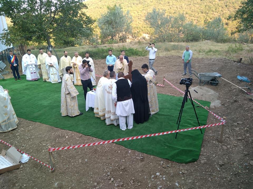 Un nou așezământ monahal în Episcopia Caransebeșului prinde contur la Coronini