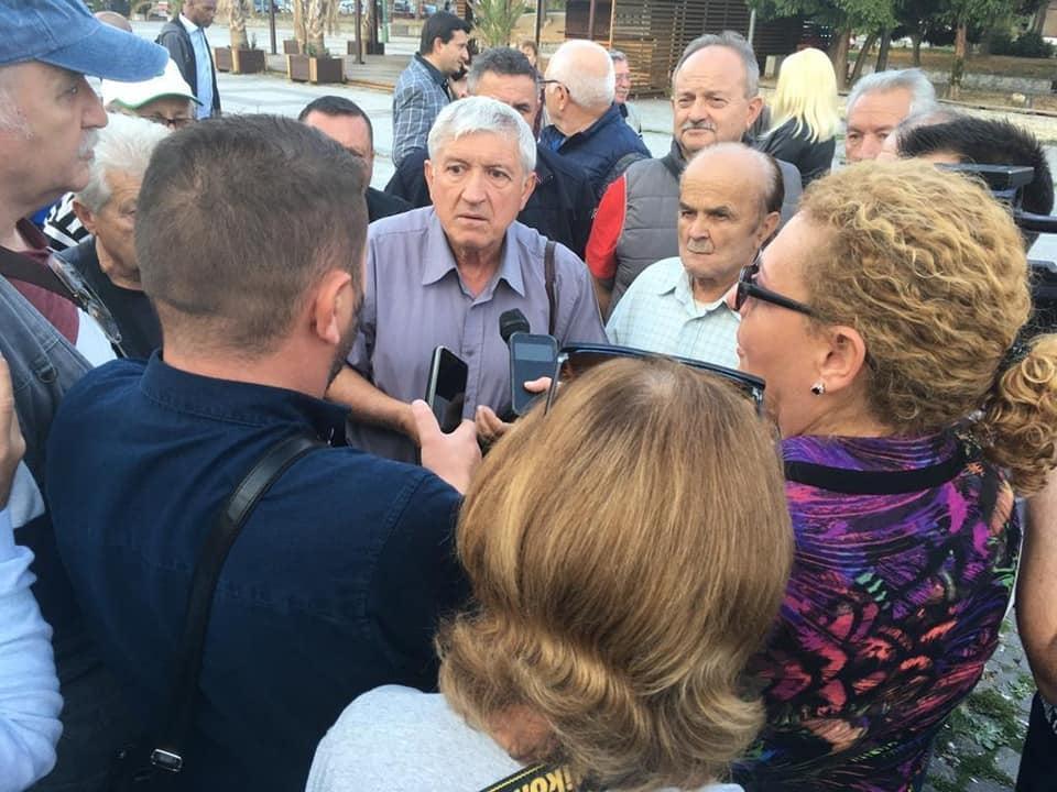 Candidatul la Preşedinţie Mircea Diaconu,printre cărăşeni