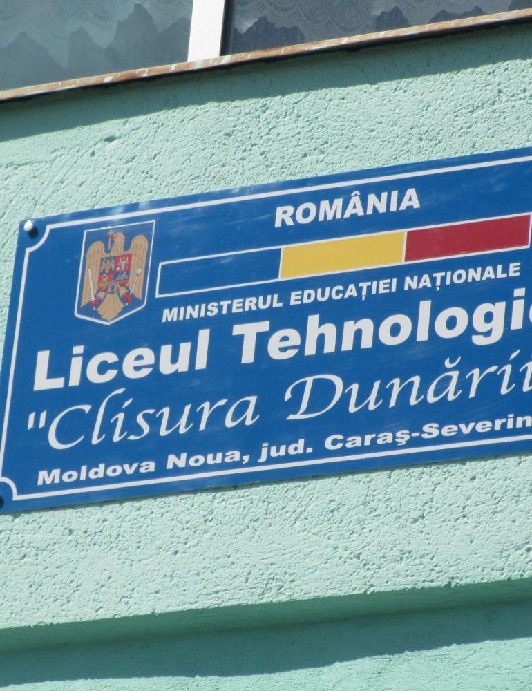 De luni începe școala. Peste 36.000 de elevi și preșcolari din Caraș -Severin vor fi în clase în plină pandemie.