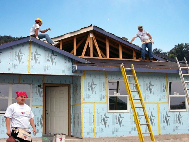 Construcțiile fără autorizație vor putea fi intabulate .Legea a fost schimbata!