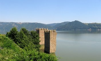 Doi cetateni austrieci calauze la Dunare,6000 de euro pentru fiecare migrant trecut  !