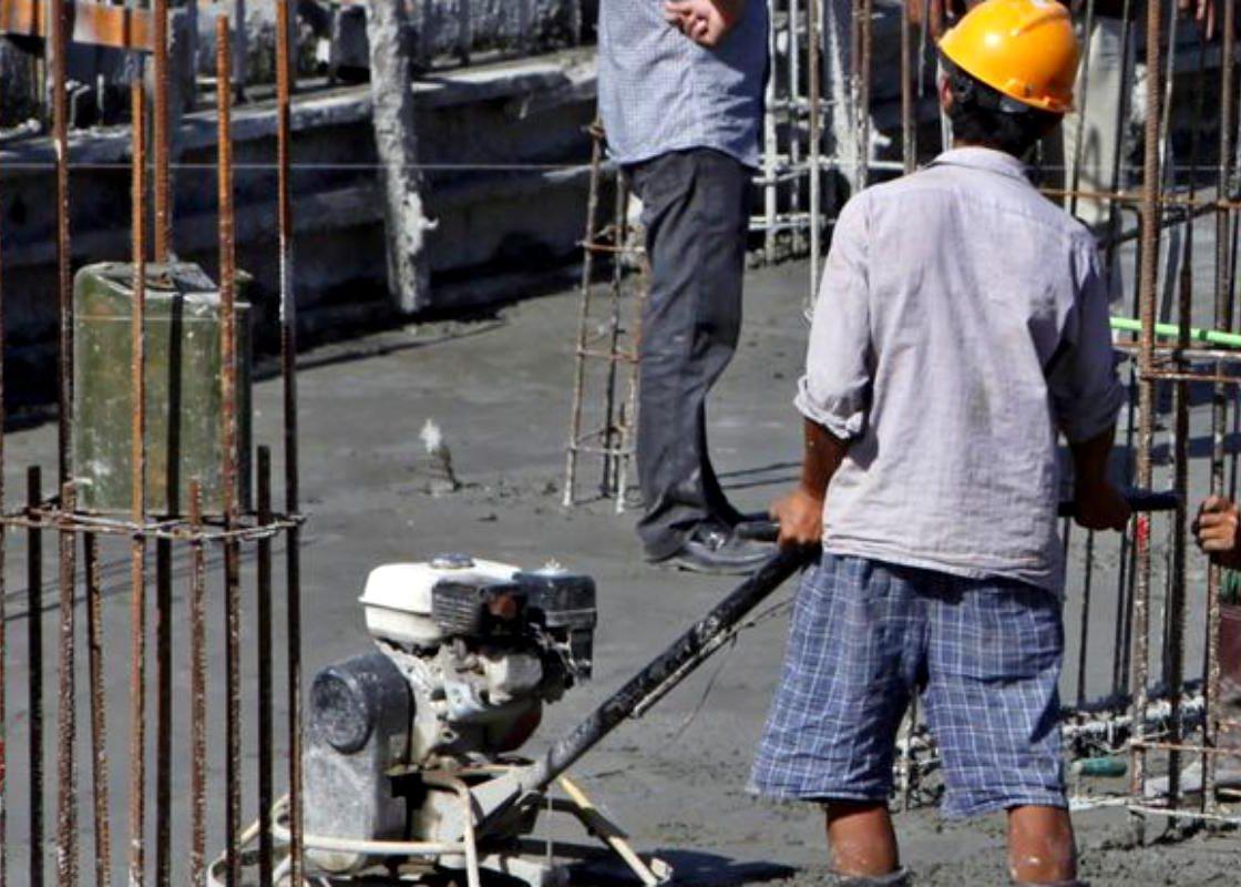 Marea Britanie îşi închide graniţele pentru muncitorii necalificaţi. Limba engleză, condiţie obligatorie