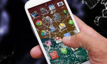 Atentie la hoti,ultimul tip de escrocherie, metoda telefonului spart!