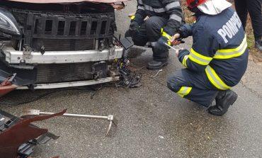 Primprocurorul Parchetului de pe lângă Judecătoria Oravița implicat într-un accident rutier la Lupac