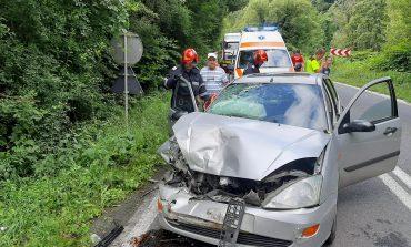 Grav accident pe DN 58 B, în apropiere de Moniom