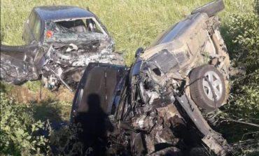 Accident mortal  pe Dj 581Resita , Gradinari ,soferita de doar 19 ani a intrat pe contrasens!