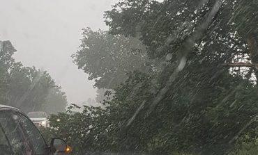 Cod galben de precipitatii in Caras-Severin !Doua zile de ploi si ninsori!