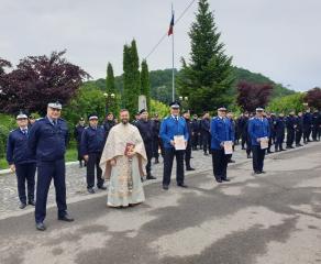 Eveniment marcant al Inspectoratului de Jandarmi Județean Caraș-Severin ceremonialul militar de trecere în rezervă a trei cadre militare!
