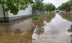 Satul Ghertenis inundat de ploile torentiale din cursul noptii
