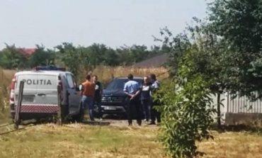 Barbat  gasit  decedat, dupa  ce s-a impuscat cu o arma de vanatoare , intr-un canton silvic din zona Anina !
