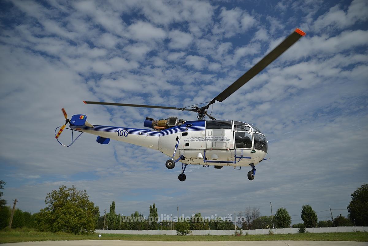 Peste 100 de migranți au forțat  granita in zona satului Latunas , poliția de frontieră a intervenit cu un elicopter!