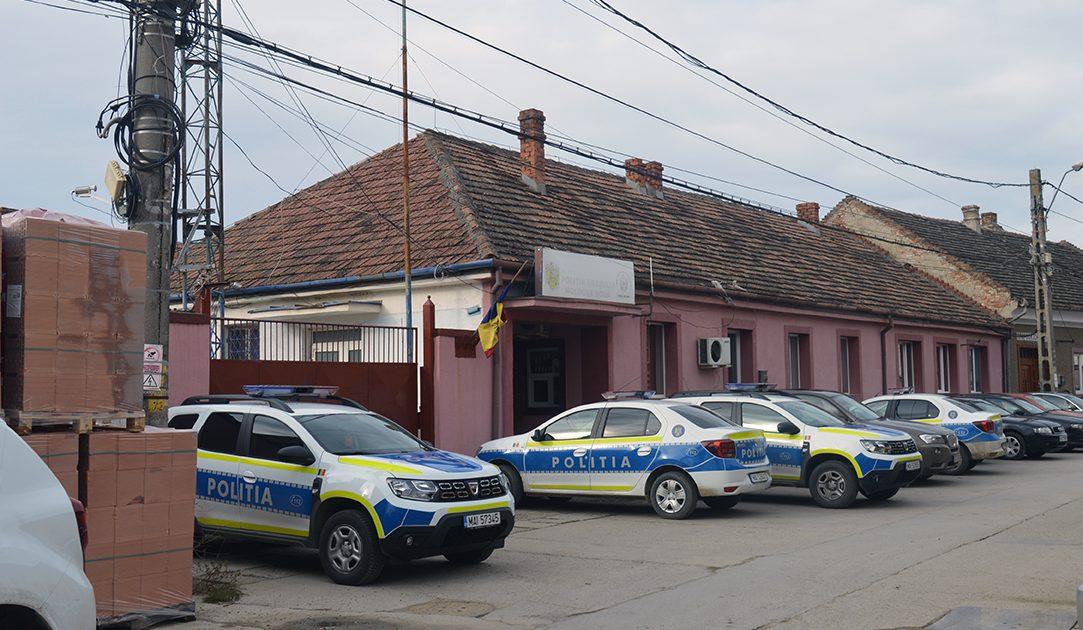 Stare de urgență la Moldova Nouă?Dube de jandarmi ,elicoptere si mascati au impanzit orasul!